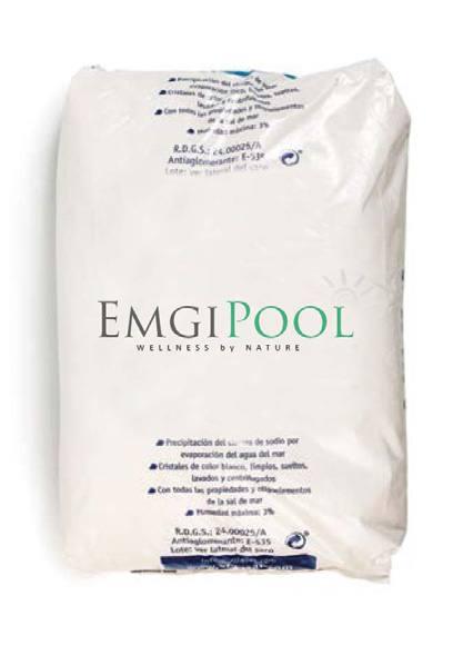EmgiPool es un revolucionario sistema integral de filtración y desinfección del agua de la piscina con sal de magnesio