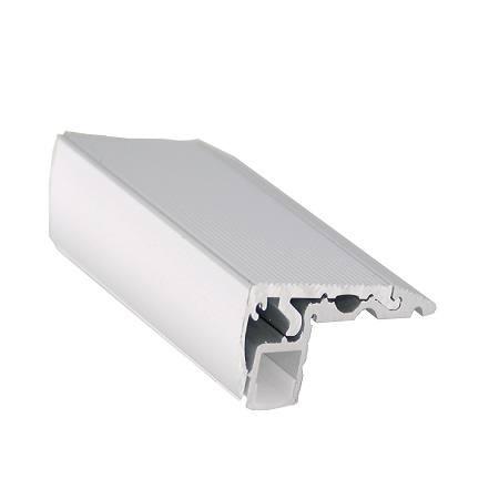 Perfil de aluminio para peldaÑos